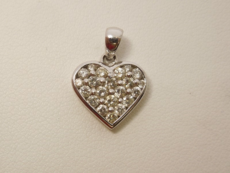 Gold-Multi-Diamond Pendant 21 Diamonds .76 Carat T.W. 14K White Gold 2.2g
