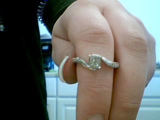 Lady's Diamond Solitaire Ring 4 Diamonds .40 Carat T.W. 14K White Gold 3g