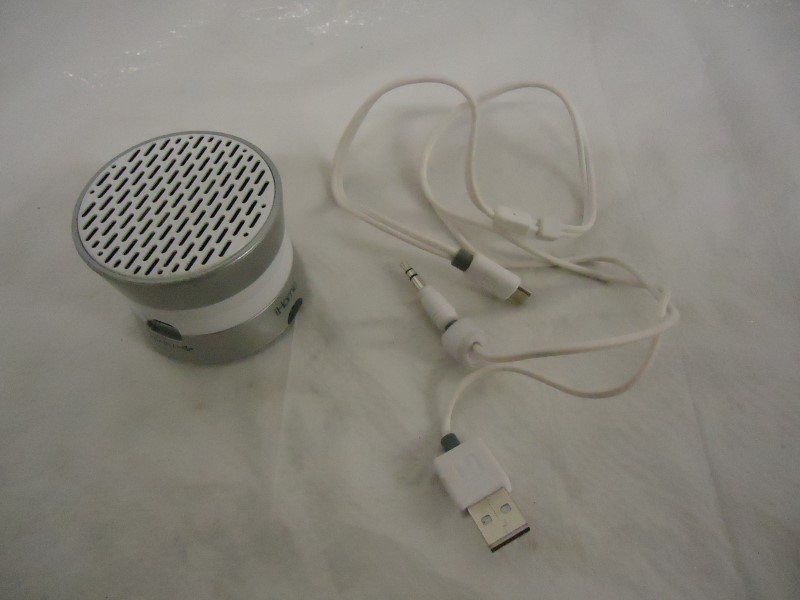 IHOME MP3 IM71