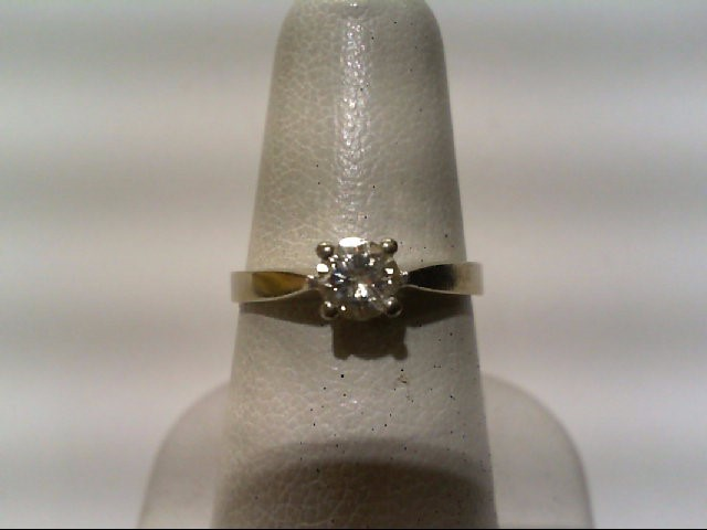 Nice Bright Quality Lady's Diamond Engagement Ring .40 CT. 14K White Gold 2.7grm