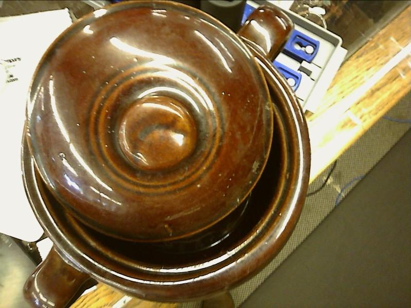 Monmouth Western Stoneware Bean Pot