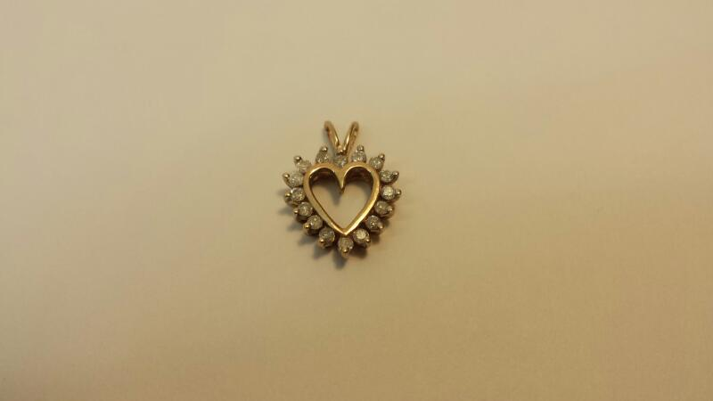 10k Yellow Gold Pendant with 16 Diamonds at .32ctw - .6dwt