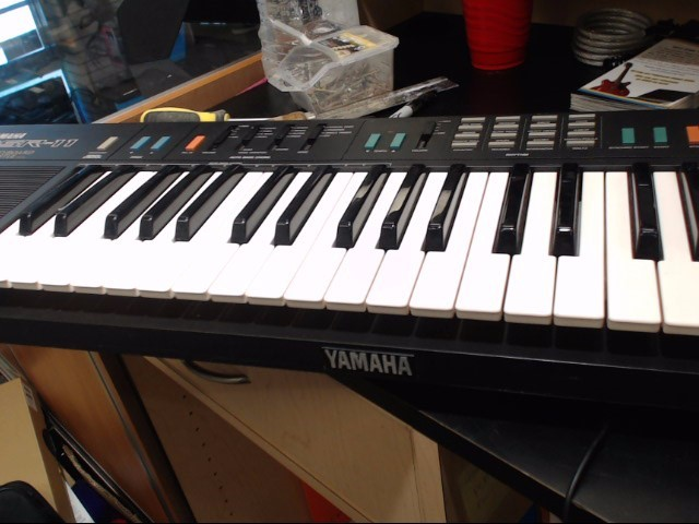 YAMAHA Keyboards/MIDI Equipment PSR-110