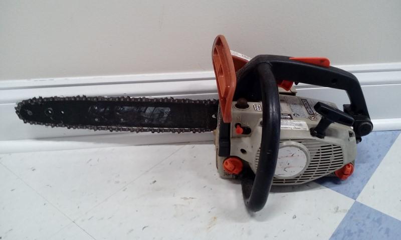 """ECHO CS-300 30.1cc 16"""" Bar Chainsaw"""