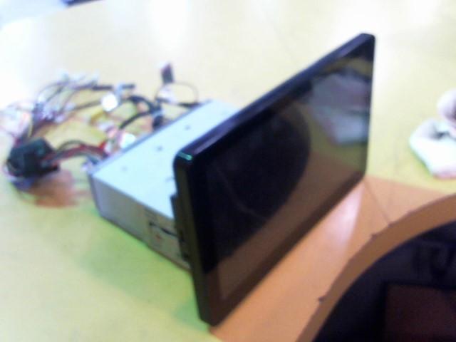 SOUND STREAM Car Video VR-103BT