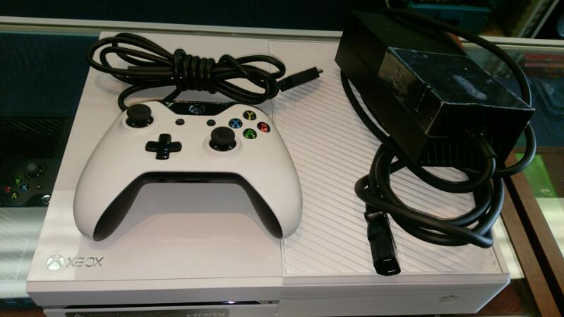 MICROSOFT XBOX ONE WHITE MODEL 1540