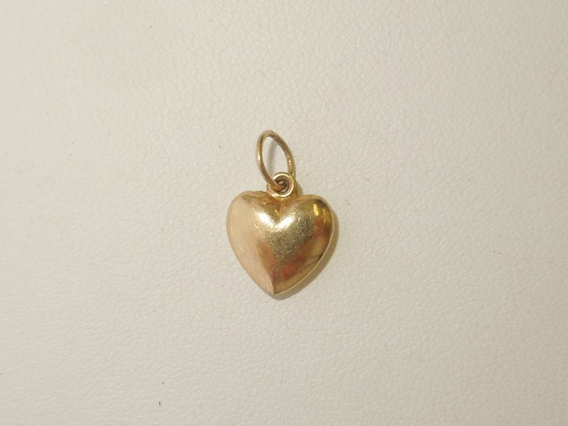 Gold Pendant 10K Yellow Gold 0.4g