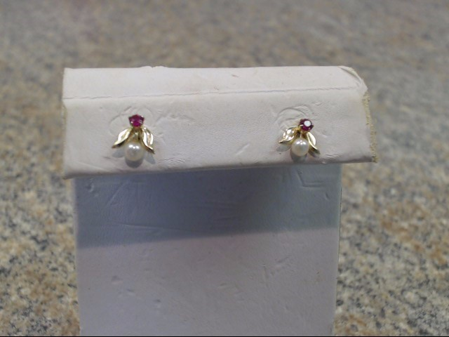 Synthetic Ruby Gold-Stone Earrings 14K Yellow Gold 0.35dwt