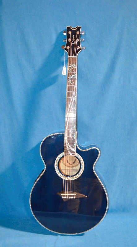 DEAN ACOUSTIC/ELECTRIC GUITAR KEY LARGO