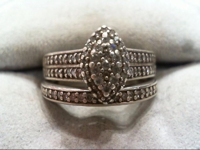 Lady's Silver-Diamond Ring 47 Diamonds .290 Carat T.W. 925 Silver 6.3g
