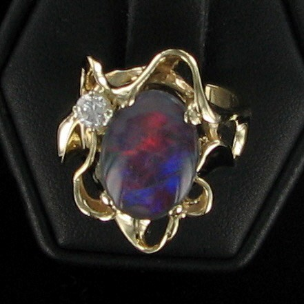 Synthetic Alexandrite Lady's Stone & Diamond Ring .20 CT. 14K Yellow Gold