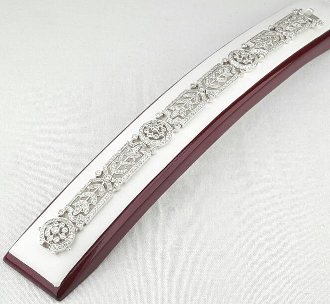 Gold-Diamond Bracelet 462 Diamonds 3.39 Carat T.W. 18K White Gold 30.9g