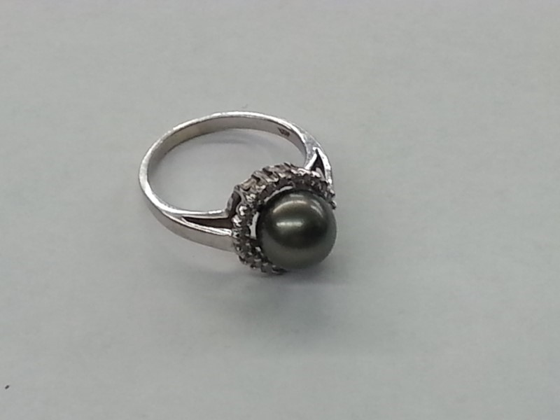 Pearl Lady's Stone & Diamond Ring 24 Diamonds .24 Carat T.W. 14K White Gold
