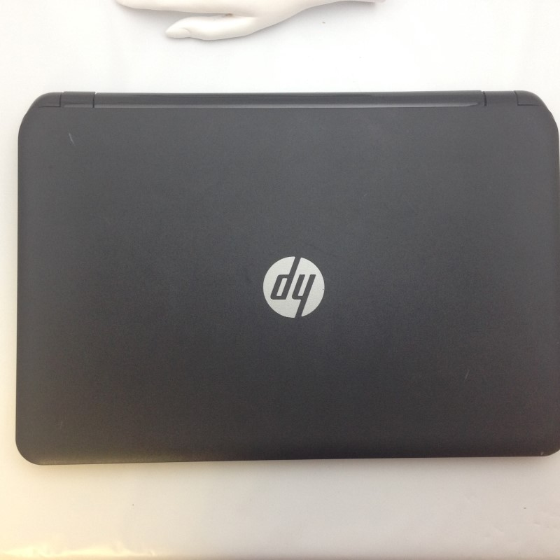 "HP Pavilion 15.6"" Win 8 500GB HDD 4GB RAM AMD 1.0GHZ Laptop"