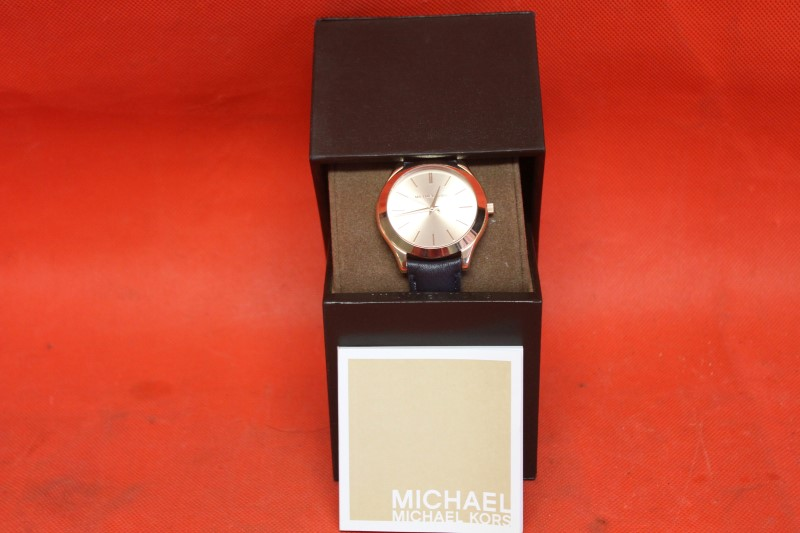 Michael Kors MK2466 Watch Slim Runway Navy Blue Gold With Box and Manual