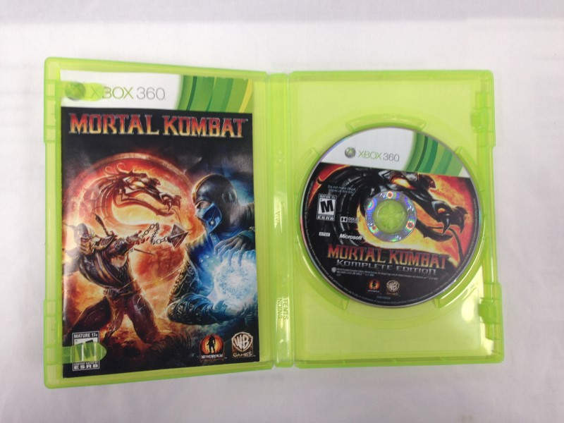 Mortal Kombat Komplete Edition (Microsoft Xbox 360, 2012)