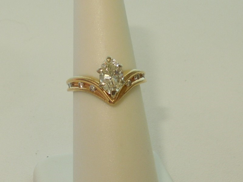 DIAMOND SOLITAIRE RING  - SIZE 6