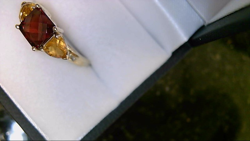 lady's 10k yellow gold almandite and spessartite garnet ring