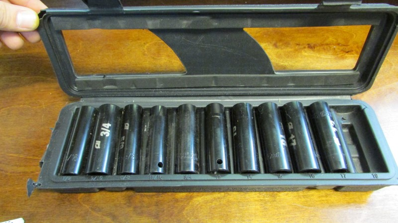CAMPBELL HAUSFELD Sockets/Ratchet MP6043