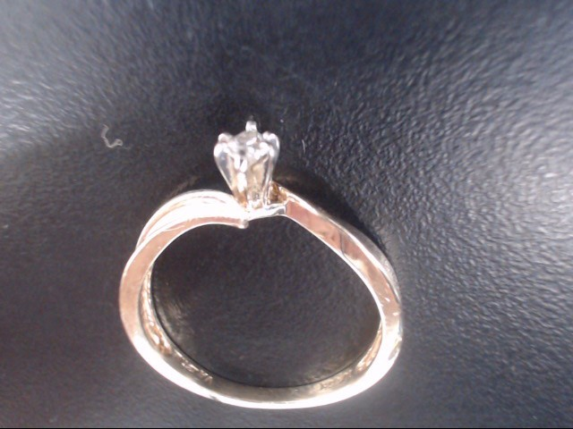 Lady's Diamond Engagement Ring .10 CT. 10K Yellow Gold 2.2g