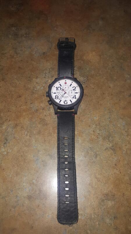 NIXON Gent's Wristwatch 48-20 CHRONO