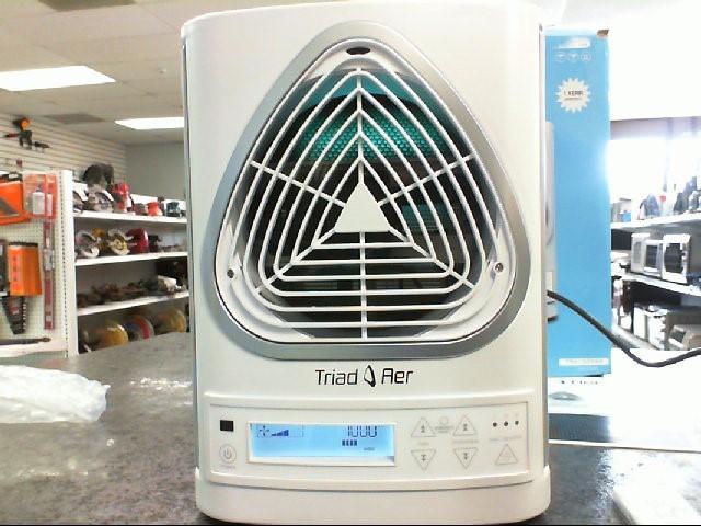 TRIAD AER Air Purifier & Humidifier