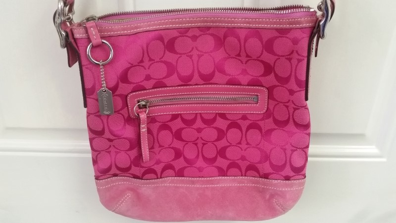 COACH Signature F04K Canvas & Suede Pink Monogram Crossbody Handbag Purse