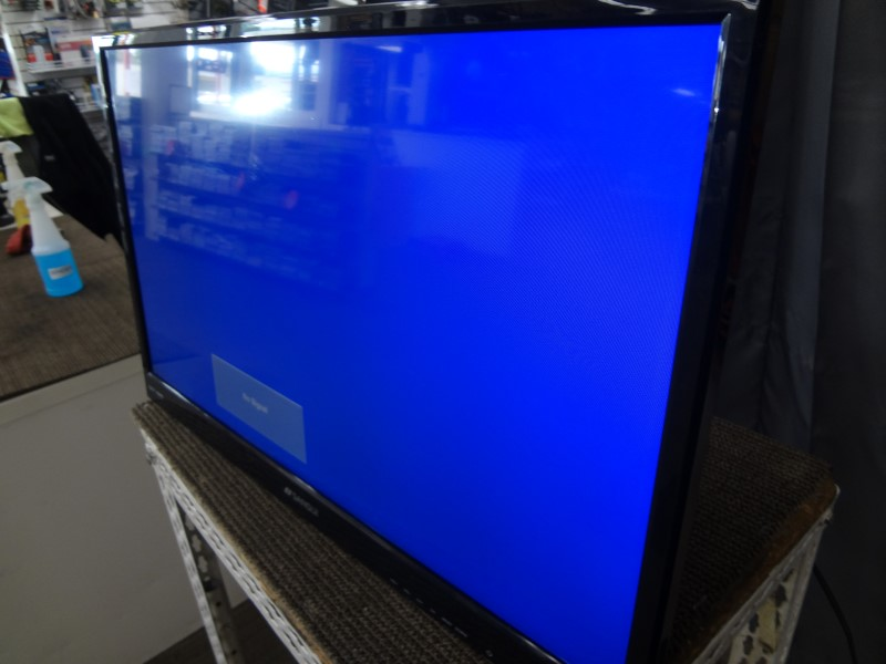 SANSUI FLAT PANEL TV SLED2815