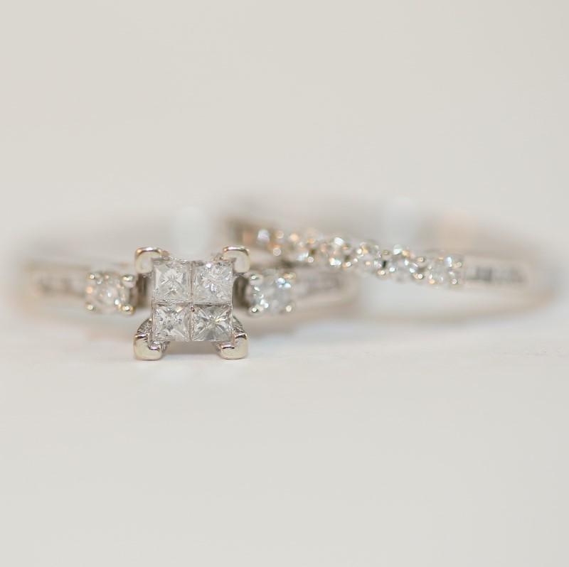 10K White Gold Multi-Cut Diamond Wedding Ring Set Size 7