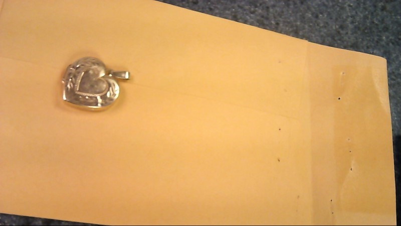 Gold Pendant 10K Yellow Gold 2.2g