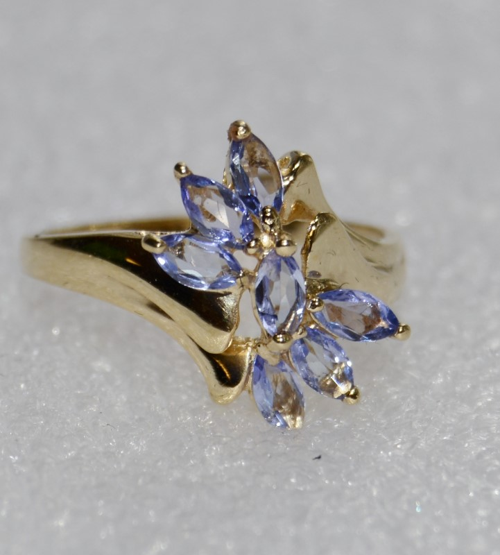 10K Yellow Gold Floral Inspired Marquise Tanzanite Cluster Ring Size 9
