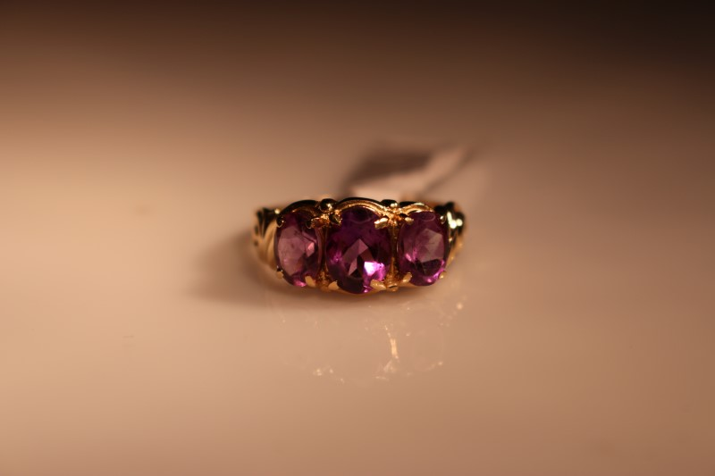 PURPLE STONE Purple Stone Lady's Stone Ring 3_PURPL_STONES 10K Yellow Gold 2.7g