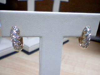 Gold-Diamond Earrings 28 Diamonds .28 Carat T.W. 14K 2 Tone Gold 2.5g