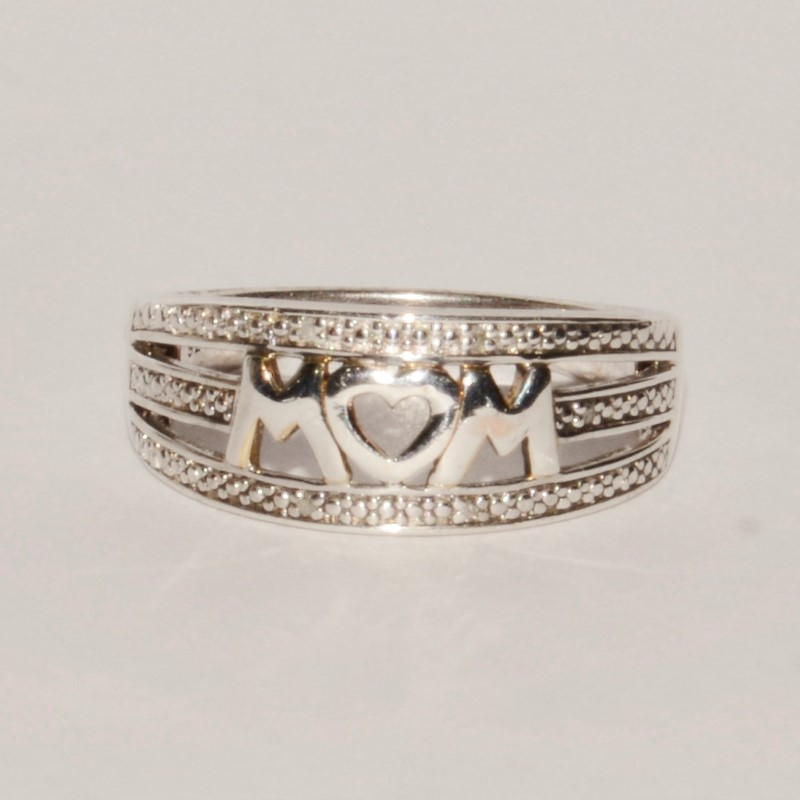 Sterling Silver MOM Diamond Polished Band Ring Size 9