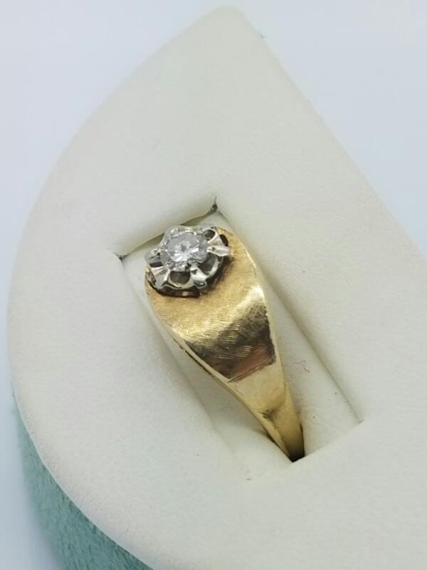 DIAMOND Lady's Diamond Fashion Ring .20 CT. 14K Yellow Gold 1.9dwt Size:4.5