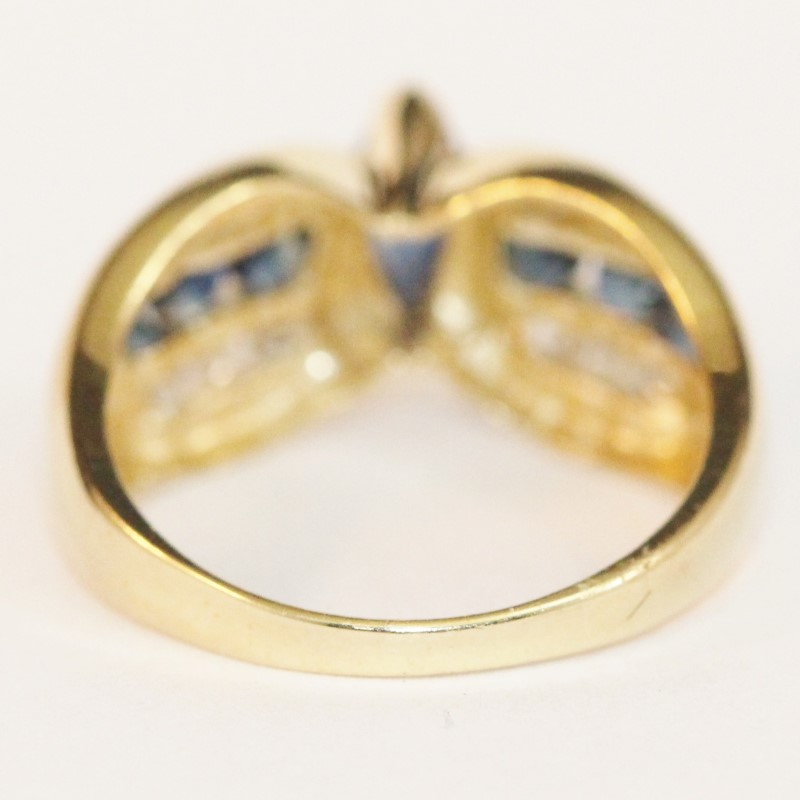 Vintage Inspired 10K Yellow Gold Sapphire and Diamond Ring Size 5.5