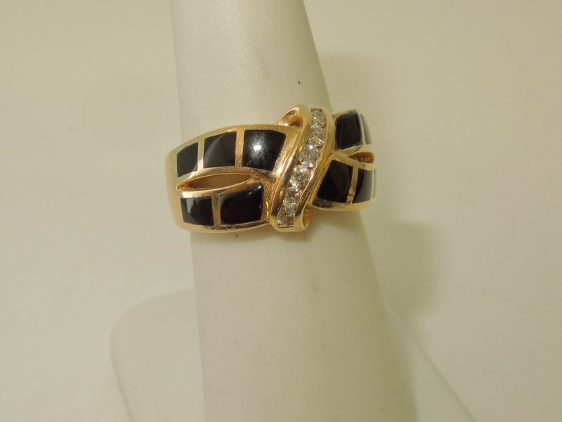 ONYX DIAMOND RING - 14KYG
