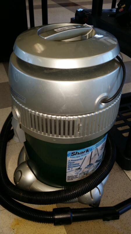 SHARK Vacuum Cleaner 1100W