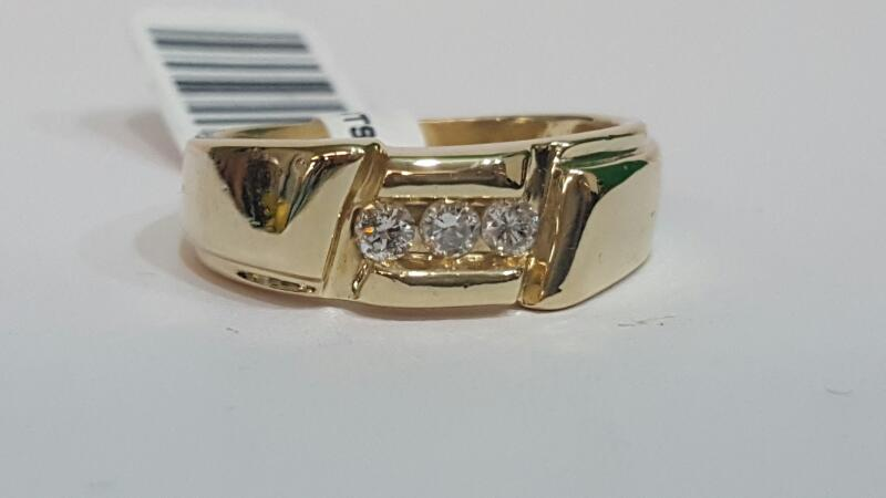 Gent's Gold-Diamond Wedding Band 3 Diamonds .24 Carat T.W. 14K Yellow Gold 7.6g