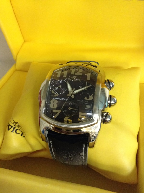INVICTA Gent's Wristwatch 9817