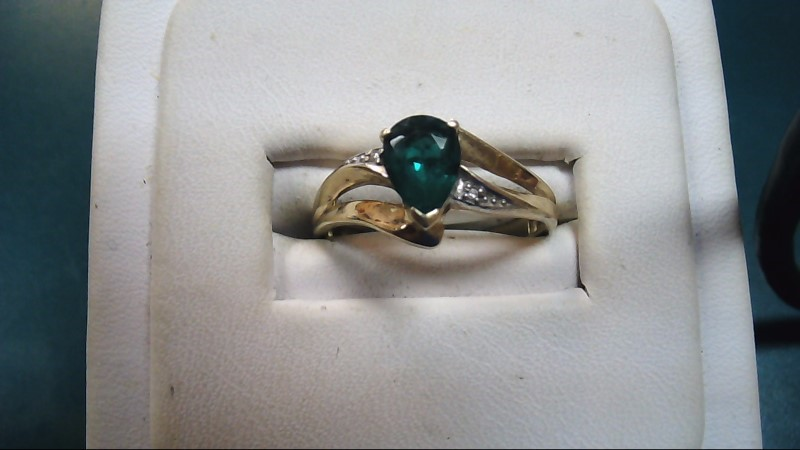 Green Stone Lady's Stone Ring 10K Yellow Gold 2g Size:7.5