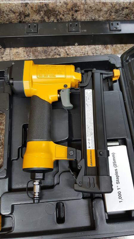 Bostitch SB-150SX, 18 Gauge Pneumatic Staple Gun