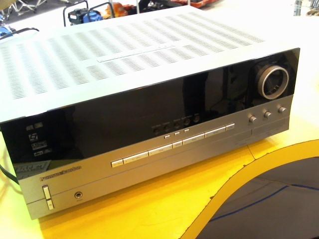 HARMAN KARDON Receiver AVR 135