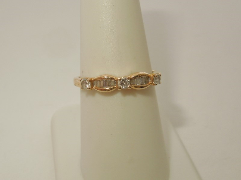 Lady's Diamond Solitaire Ring 13 Diamonds .35 Carat T.W. 14K Yellow Gold 2.3g