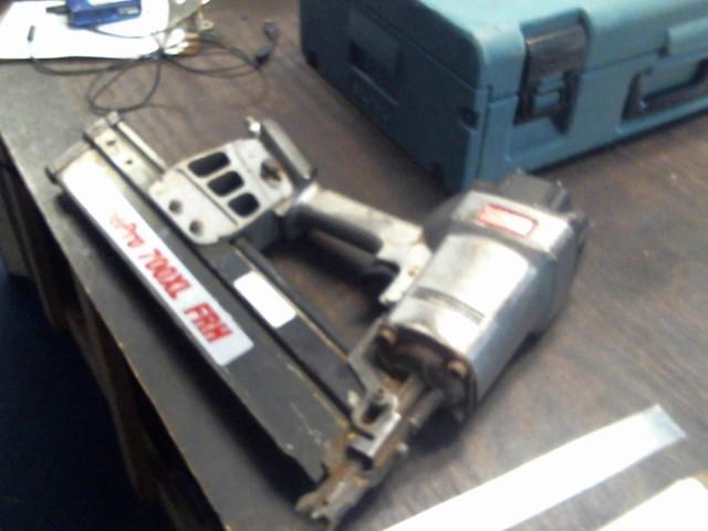 SENCO Nailer/Stapler FRAMEPRO 700XL