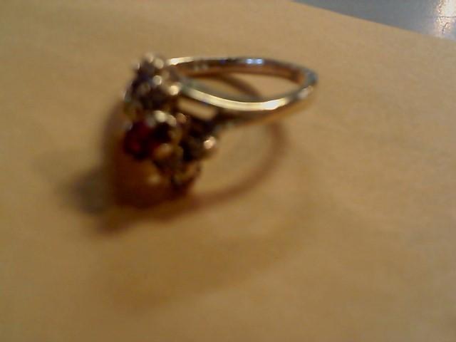 Lady's Diamond Cluster Ring 8 Diamonds .16 Carat T.W. 14K Yellow Gold 4.5g