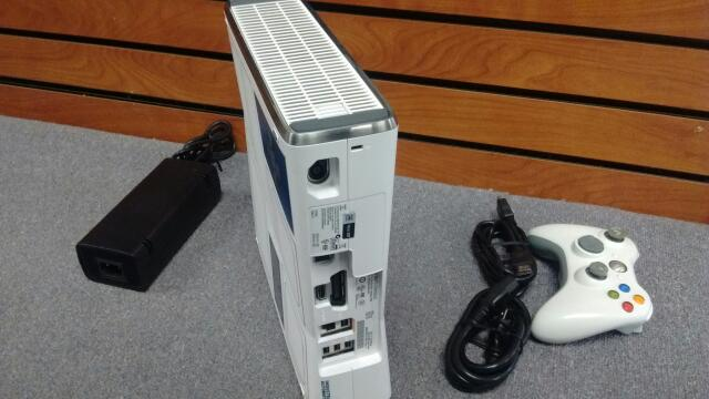 MICROSOFT XBOX 360 320GB CONSOLE SLIM STAR WARS LIMITED EDITION BUNDLE