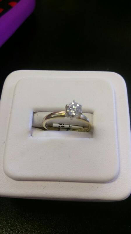 Lady's Diamond Engagement Ring SIZE 7 .50 CT. 14K Yellow Gold 2.2g