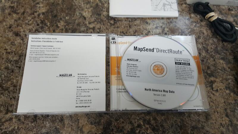 Magellan eXplorist 500 LE Handheld GPS Receiver PLUS MapSend