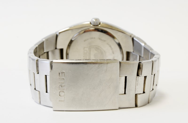 """LORUS WOMEN""""S STAINLESS WATCH V422-0010"""
